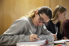 2019.12.10_library_007 (Capilano U) Tags: capilanouniversity capilanou capu capulibrary library exam examtime examperiod studying study students student groupstudy northvancouver bc canada
