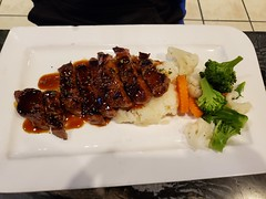 2019 HoneyB's Hive Foodie (ct3217891) Tags: 2019 canada ontario scarborough foodie