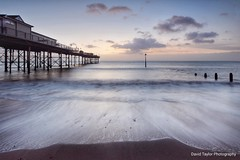 Teignmouth Dawn (Hoovering_crompton) Tags: teignmouth dawn sunrise longexposure devon seascape seaside nikond7200 beach