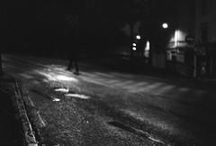 te voilà, hiver noir (chetbak59) Tags: argentique analogique fp4 ilfordfp4 leica noir noiretblanc