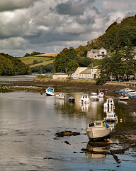 IMG_1616 (peter.tyrer) Tags: cornwall river boat landscape