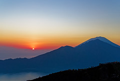 рассвет на вулкане Батур (Виктор К) Tags: батур bali