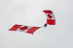 EDWU3778.jpg (edwjhwu) Tags: abbotsfordinternationalairshow skyhawksparachuteteam airshow cfskyhawks airplane aviation
