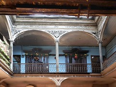 Second floor of an old house in downtown Lima (Lewitus) Tags: oldhouse arches balconies lima peru