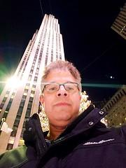 Selfie On The Rockefeller Center Ice Rink (Joe Shlabotnik) Tags: selfie manhattan nyc galaxys9 2018 rockefellercenter justpeter cameraphone 30rock december2018 skyscraper peter newyorkcity