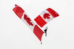 EDWU3781.jpg (edwjhwu) Tags: abbotsfordinternationalairshow skyhawksparachuteteam airshow cfskyhawks airplane aviation