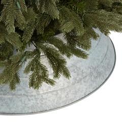 Galvanized Tree Skirt (Heath & the B.L.T. boys) Tags: galvanized metal christmas