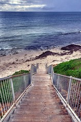 Leighton Beach (brett.m.johnson) Tags: leighton beach fremantle perth westernaustralia sand ocean white blue tranquil summer winter sky indianocean stairs path gereen