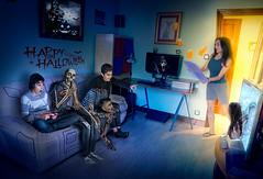 Cuidado con quien invitan tus hijos a casa en Halloween (Xyo33) Tags: photoshop halloween zombie fotomontaje photomanipulation dead