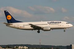 D-ABEO (PlanePixNase) Tags: eddl dus dusseldorf düsseldorf airport aircraft planespotting lohhausen lufthansa boeing 737 737300 b733 733