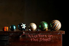When You're on the Street (Studio d'Xavier) Tags: whenyoureonthestreet balls christmasornaments stilllife strobist