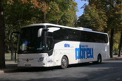 95-UP-97, Cours La Reine, Paris, September 14th 2019 (Southsea_Matt) Tags: 95up97 6852 mercedesbenz tourismo frota azul abreu courslareine paris france canon 80d sigma 1850mm september 2019 autumn bus coach omnibus vehicle transport