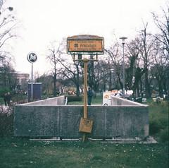 Földalatti, Budapest (nikolaijan) Tags: yashica 124g yashicamat fuji fujichrome provia100 rdpii 6x6 budapest mediumformat 120 film expired epson v750