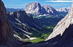Sassolungo / Langkofel (Vid Pogacnik) Tags: italy italia dolomiti outdoors hiking landscape mountain sassolungo langkofel sassrigais