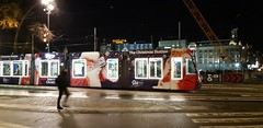 Kerstmis (Amsterdam) (no_christian) Tags: paysbas nederland nederlands netherland holland amsterdamcentral amsterdamcentraalstation gare station tram tramway fête noel christimas kermist nuit night chn noé christian