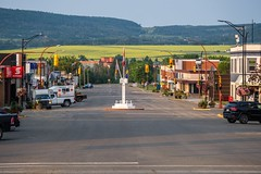 Mile 0 - Alaska Highway (MIKOFOX ⌘) Tags: canada showyourexif dawsoncreek xt2 learnfromexif july signpost fujifilmxt2 mikofox summer street xf18135mmf3556rlmoiswr proviaasbase