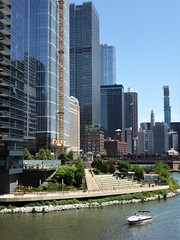 Chicago, Wolf Point on the Chicago River, Looking East (Mary Warren 14.3+ Million Views) Tags: chicago chicagoriver wolfpoint urban architecture building skyscraper water boat