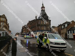 wellmeadow street 10122019  (26) (paisleyphotographs.com) Tags: wellmeadow street paisley fire road closed photos photographs photographer police car engine incident response