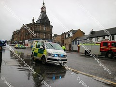 wellmeadow street 10122019  (21) (paisleyphotographs.com) Tags: wellmeadow street paisley fire road closed photos photographs photographer police car engine incident response