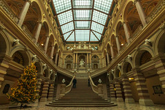 Justizpalast (Behind Budapest) Tags: 2019 365project 70d austria becs canon justizpalast osterreich vienna wien building buildinginterior city famousplace interior landmark people staircase stairs town travel travelandtourism traveldestination urban