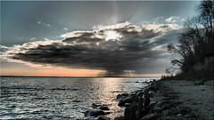 Dramatic clouds over the Baltic Sea (Ostseetroll) Tags: geo:lat=5412825024 geo:lon=1093769548 geotagged deu deutschland grömitz kagelbusch schleswigholstein ostsee balticsea wolken clouds wasser water strand beach olympus em10markii