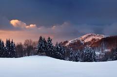 20051226-045P (m-klueber.de) Tags: schnee winter panorama pano landschaft panoramabild 20051226 pferdskopf goldloch hoherhön hochrhön eube 20051226045f 2005 deutschland abend sonnenuntergang rhön winterabend mkbildkatalog portfolio bildauswahl 20051226045p