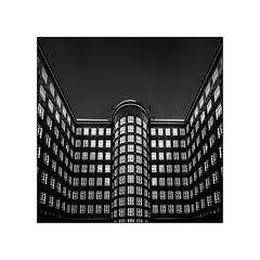 """ Sprinkenhof "" (antonkimpfbeck) Tags: sprinkenhof kontorhäuser hamburg architektur art monochrome bw fujifilm"