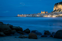 Cefalù Blue Hour - Sicily (Stefan Napierala) Tags: sizilien sicily sicilia cefalù madonie italien italy italia sunset sonnenuntergang tramonto stefannapierala bluehour blauestunde roccadicefalù palermo