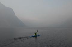 inguine leonardesco 262 - lago di Lecco (Alberto Cameroni) Tags: inguineleonardesco canoa nebbia dicembre leica leicaxtyp113 kayak