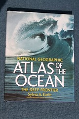 AtlasOfTheOcean_Cover (yepabroad) Tags: surf books guide atlas écologie waves vagues wavefinder stormrider hawai europe indonesia surfing surftrip travel aloha livre book wave world surfers surfsup