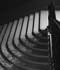 Filigreed stairs (sookburt) Tags: hamptoncourtpalace london bw stairs england uk