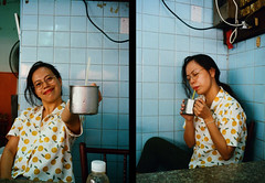 Street noodle - Sukhumvit (funky_sexy_groovy_marky) Tags: olympus pen ees2 bangkok analogue halfframe kodak colorplus