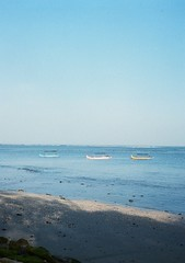 Bali beach boats in perfect formation (funky_sexy_groovy_marky) Tags: bali halfframe analogue