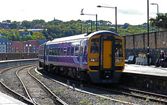 RD20782.  158815 arriving at Whitby. (Ron Fisher) Tags: whitby whitbystation sprinter expresssprinter dmu dieselmultipleunit dieseltrain diesel train transport transportpublic publictransport rail railway railroad railwaystation chemindefer eisenbahn ferrovia station gare bahnhof eskvalleyline lner londonnortheasternrailway ner northeasternrailway