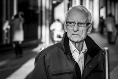 Looking (Leanne Boulton) Tags: urban street candid portrait portraiture streetphotography candidstreetphotography candidportrait streetportrait streetlife old elderly man male face eyes expression mood feeling emotion glasses winter sunlight tone texture detail depthoffield bokeh naturallight outdoor light shade shadow city scene human life living humanity society culture lifestyle people canon canon5dmkiii 70mm ef2470mmf28liiusm black white blackwhite bw mono blackandwhite monochrome glasgow scotland uk
