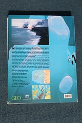AtlasDesMersOcéans_dos (yepabroad) Tags: surf books guide atlas écologie waves vagues wavefinder stormrider hawai europe indonesia surfing surftrip travel aloha livre book wave world surfers surfsup