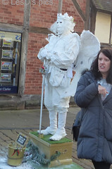 The Ghost of Shakespeare, Living statue,         P1310948 (LesD's pics) Tags: stratfordonavon livingstatue williamshakespeare