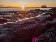 Joensuu - Finland (Sami Niemeläinen (instagram: santtujns)) Tags: joensuu suomi finland kuhasalo pohjoiskarjala north karelia luonto nature maisema landscape sunset auringonlasku winter talvi pyhäselkä lake järvi