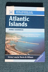 AtlanticIslands_cover (yepabroad) Tags: surf books guide atlas écologie waves vagues wavefinder stormrider hawai europe indonesia surfing surftrip travel aloha livre book wave world surfers surfsup