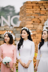 CHOW7983 (Call me CHOW) Tags: happy dress beauty blond female long hair carefree young women wavy fashion model beautiful people portrait ao dai aodai girl hanoi vietnam sunny yearbook smilling smile sunset lookbook pretty posing face