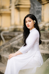 CHOW8970 (Call me CHOW) Tags: happy dress beauty blond female long hair carefree young women wavy fashion model beautiful people portrait ao dai aodai girl hanoi vietnam sunny yearbook smilling smile sunset lookbook pretty posing face