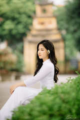 CHOW8955 (Call me CHOW) Tags: happy dress beauty blond female long hair carefree young women wavy fashion model beautiful people portrait ao dai aodai girl hanoi vietnam sunny yearbook smilling smile sunset lookbook pretty posing face