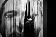 Paris, Centre Pompidou (France 2019) (theodirector) Tags: blackandwhite whiteandblack noiretblanc monochrome contrast contraste shadows shadowandlight shadowsandlight centrepompidou beaubourg curtain curtains draps enter face boltanski christianboltanski exhibition