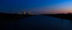 Abendstimmung in Wien (Bernhard Schlor) Tags: strom donauinsel aussicht österreich europa sonne himmel wienblick natur abendstimmung abenddämmerung farbe jahreszeiten donaustadt blau wasser fluss donaucity donau herbst wien