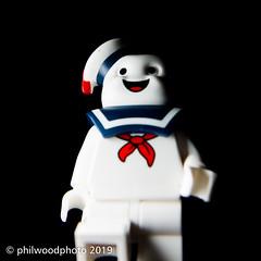 365-2019-345 - Lego Stay Puft (phil wood photo) Tags: 365 365colorfun 365colourfun closeup color365 colour365 day345 december extensiontubes lego macro minifigure singlestrobe square staypuft white