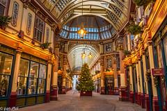 Christmas at Leadenhall Market (patuffel) Tags: leadenhall market london christmas arcade gallerie england pubs leica 28mm summicron osteria del mercato pen shop reiss m10