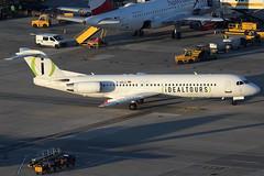 Avanti Air Fokker 100 D-AOLG (c/n 11452) Painted in Idealtours-livery. (Manfred Saitz) Tags: vienna airport schwechat vie loww flughafen wien avanti air fokker 100 f100 f10 daolg dreg idealtours