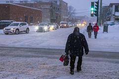 Neige / Snow (Jacques Lebleu) Tags: neige piétons automobiles circulation