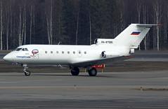 RA-87586 (Pertti Sipilä) Tags: yak40