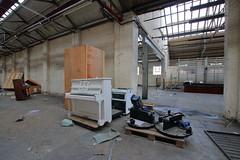 Cox and Wyman17 (Landie_Man) Tags: cox wyman abandoned reading closed disused derelict printers shut urbex